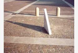 Meridiana nella Piazza Giovanni Paolo II